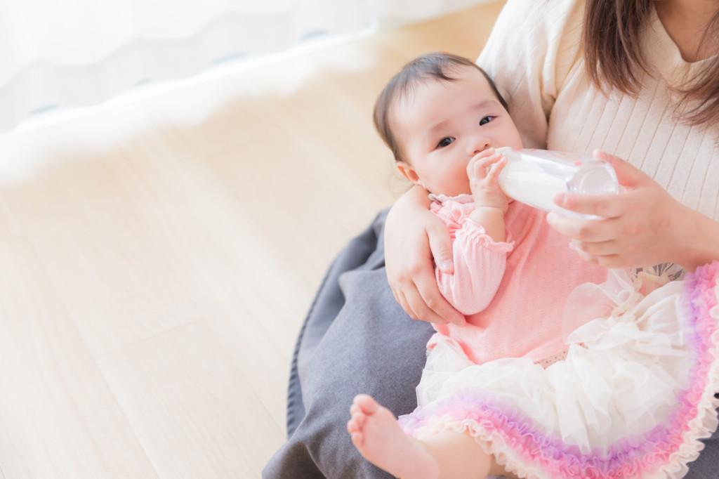 赤ちゃんを抱っこし過ぎて腱鞘炎の画像