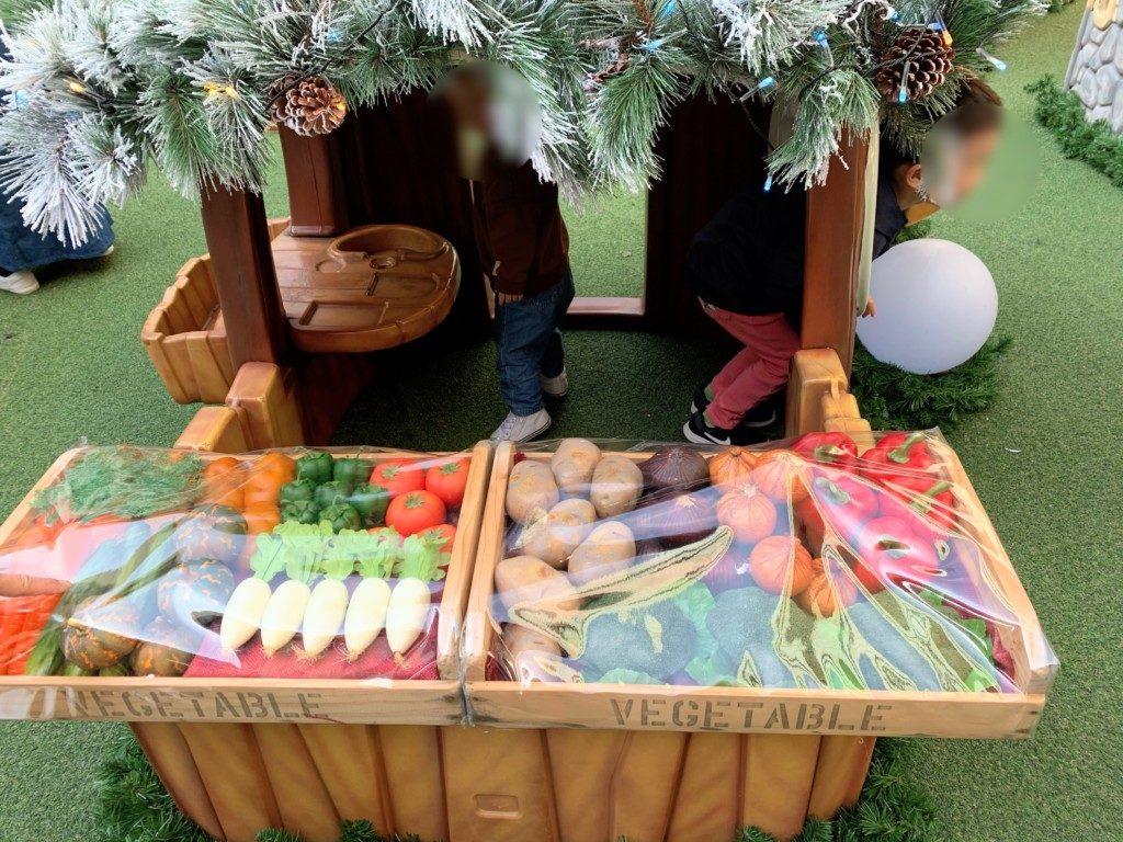 木の葉モール橋本のクリスマスイルミネーション子供遊具お店やさん画像