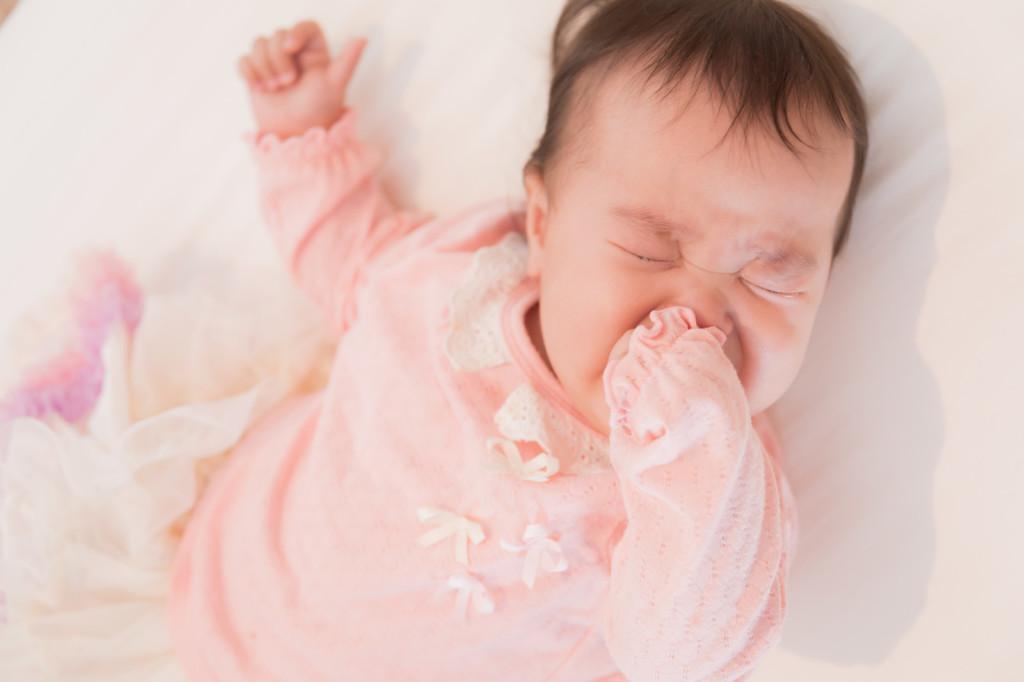 赤ちゃんがオムツ替えを嫌がる対処法の赤ちゃんの画像