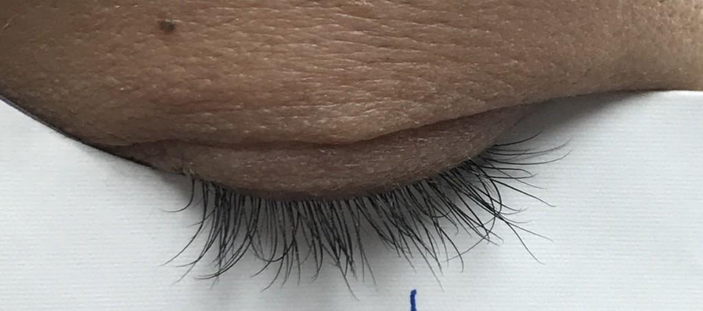 エマーキットのまつ毛美容液の効果のまつ毛伸びた画像