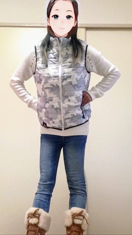 ワークマンの着るコタツヒーターベストを女性が着用したサイズ感画像