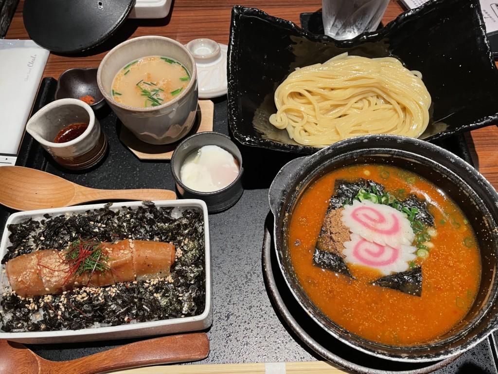 博多めんたい重で飯麺吸セット(つけ麺)食べた画像