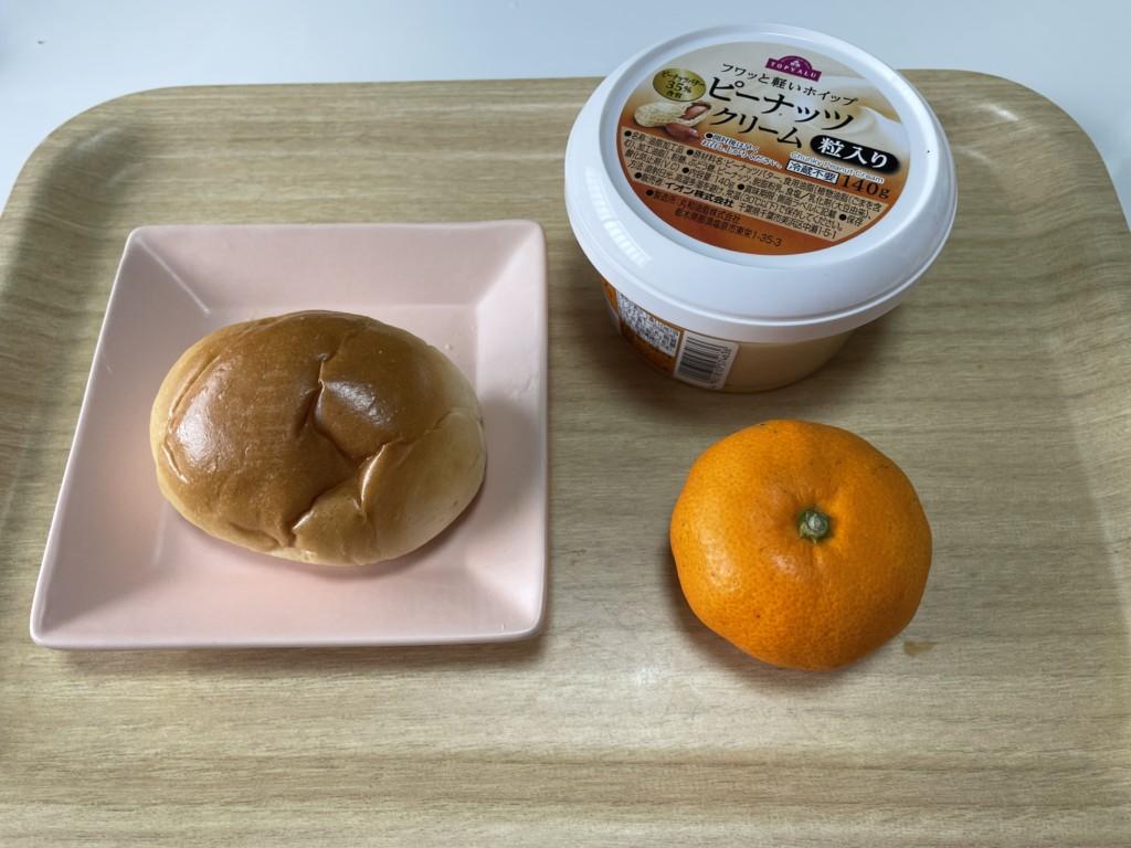 【シューイチ】みかんのピーナツバターサンドの材料の画像